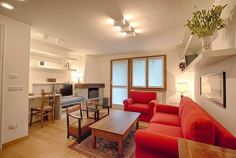 Hintown Stylish And Charming Flat In Courmayeur